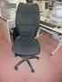 Fotos del anuncio: Vendo sillas giratorias de oficina