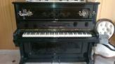 Fotos del anuncio: Piano antiguo