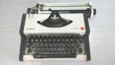 Maquina de escribir olympia traveller portatil