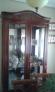 Mesa comedor y vitrina