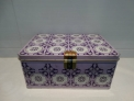 Caja cola cao edición mosaico lila