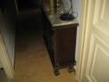 Mueble consola de madera con marmol