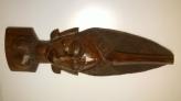 Busto de mujer en madera, tallada a mano 50x16 cms.