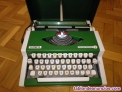 Maquina de escribir olympia traveller de luxe con su maletin typewriter verde