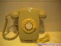 Teléfono heraldo pared gris de rueda
