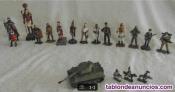 Fotos del anuncio: Vendo soldados de plomo y carro de combate.