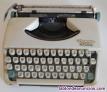Fotos del anuncio: Olimpia splendid. Máquina de escribir. Vintage.
