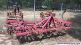 Cultivador de 15 brazos con rodillo