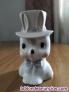 Conejo con chistera de cerámica